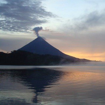 Arenal Volcano & Hot Springs Tour in Guanacaste